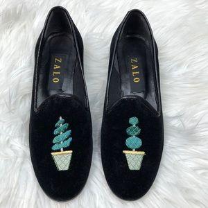 Zalo Black Velvet Heeled Loafer with Plants 6